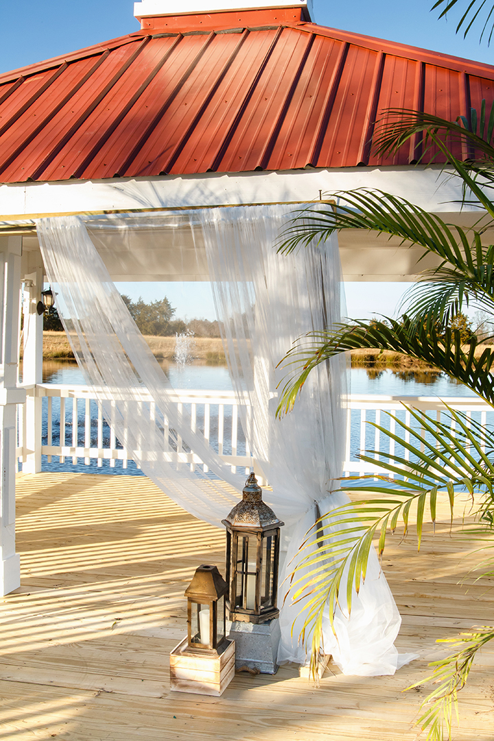 Laurel Haven Estate wedding dock