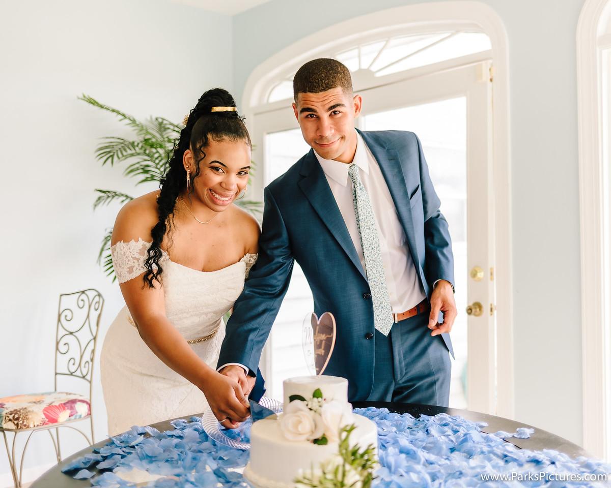 Wedding cake, blue tuxedo